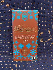 Divine Chocolate: Milk Chocolate with Toffee & Sea Salt 38%