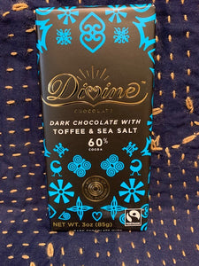 Divine Chocolate: Dark Chocolate with Toffee & Sea Salt 60%