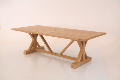 Are Teak Dining Tables A Good Choice For The Modern Home
