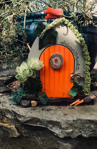 A spot of gardening fairy door
