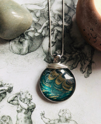 Green and gold marble print pendant