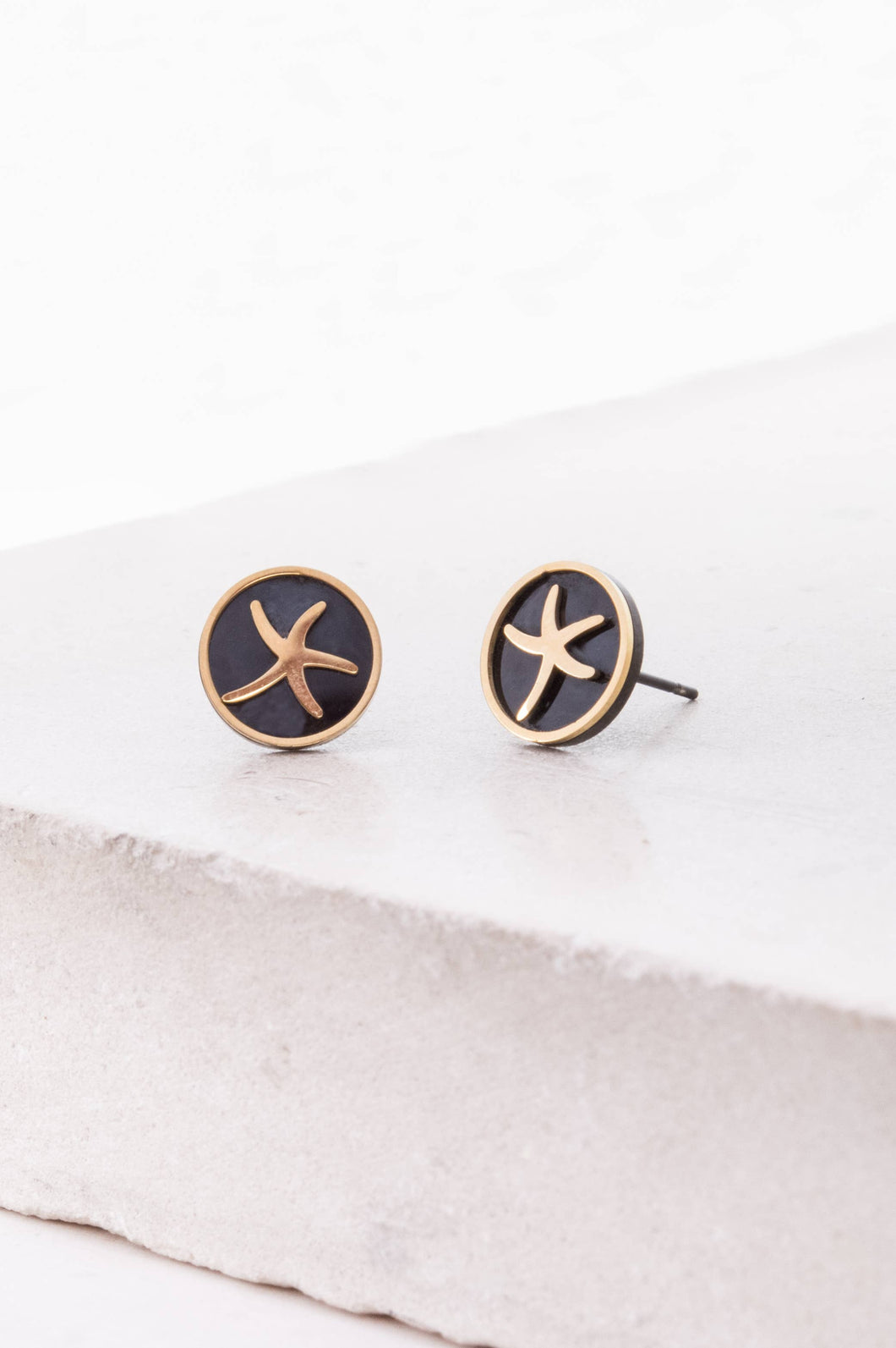 Starfish Gold Stud Earrings