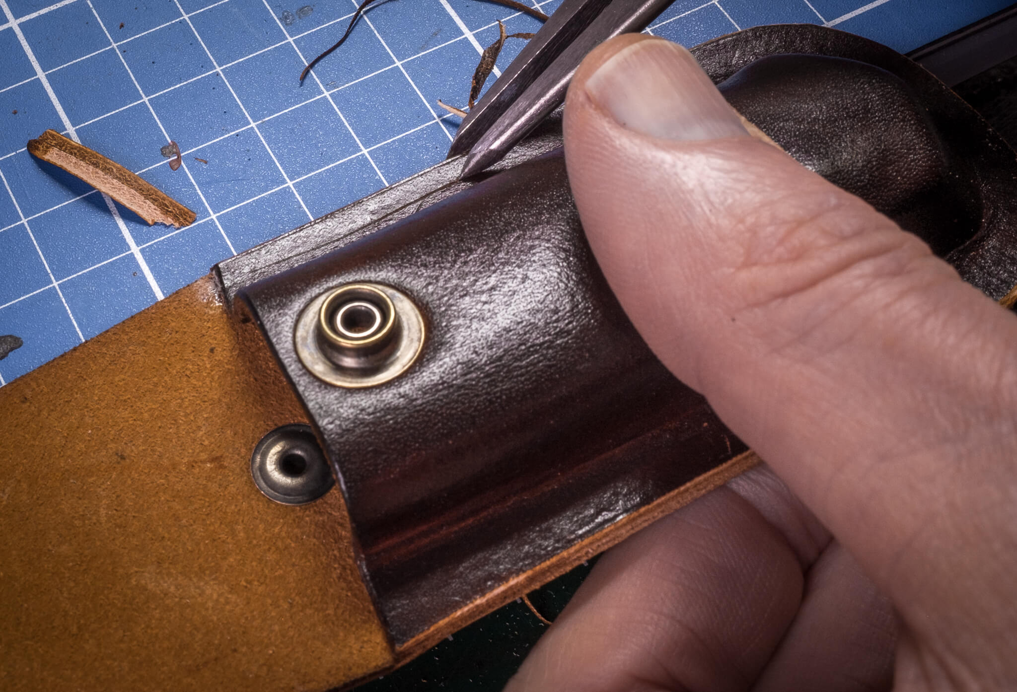 Marking the stitch holes line | Duke & Sons Leather