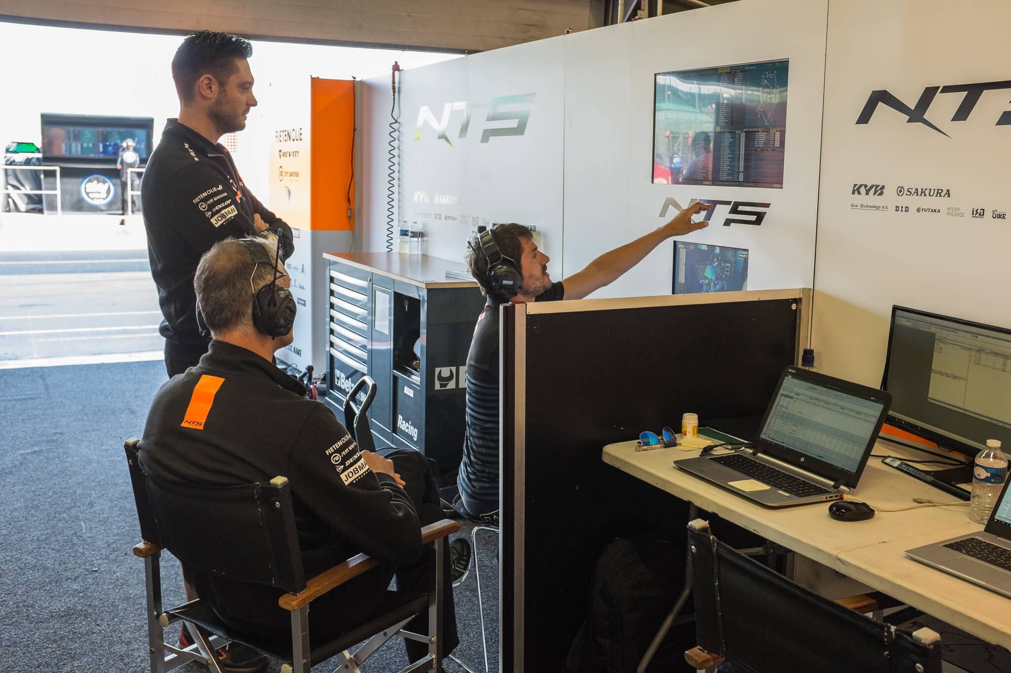 Analysing the data and lap time