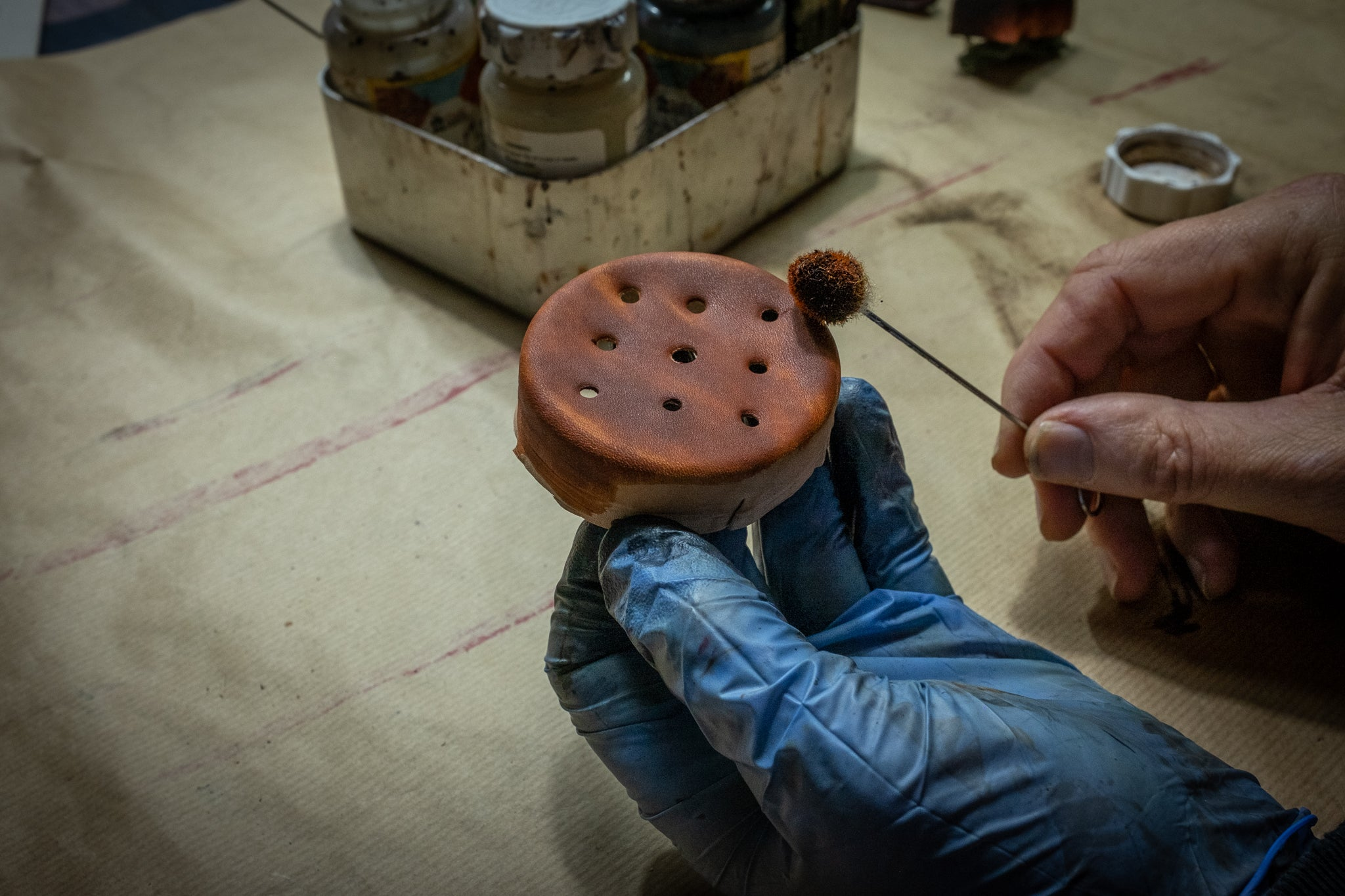 Making a grease pomade pincushion leather dying