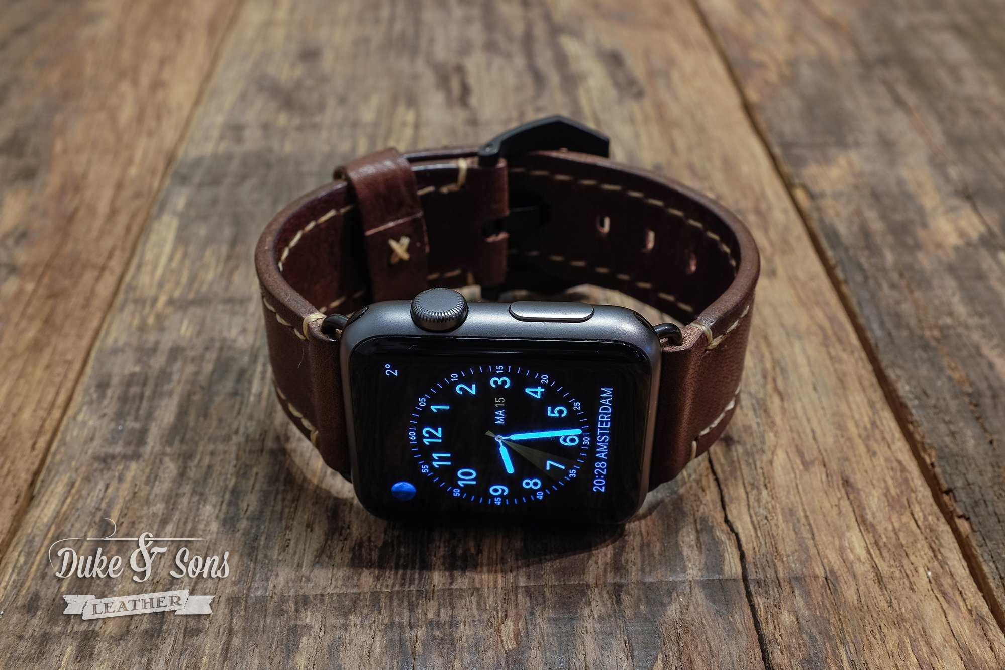 Apple watch strap, full grain A-grade Italian Bulls leather, hand stitched.