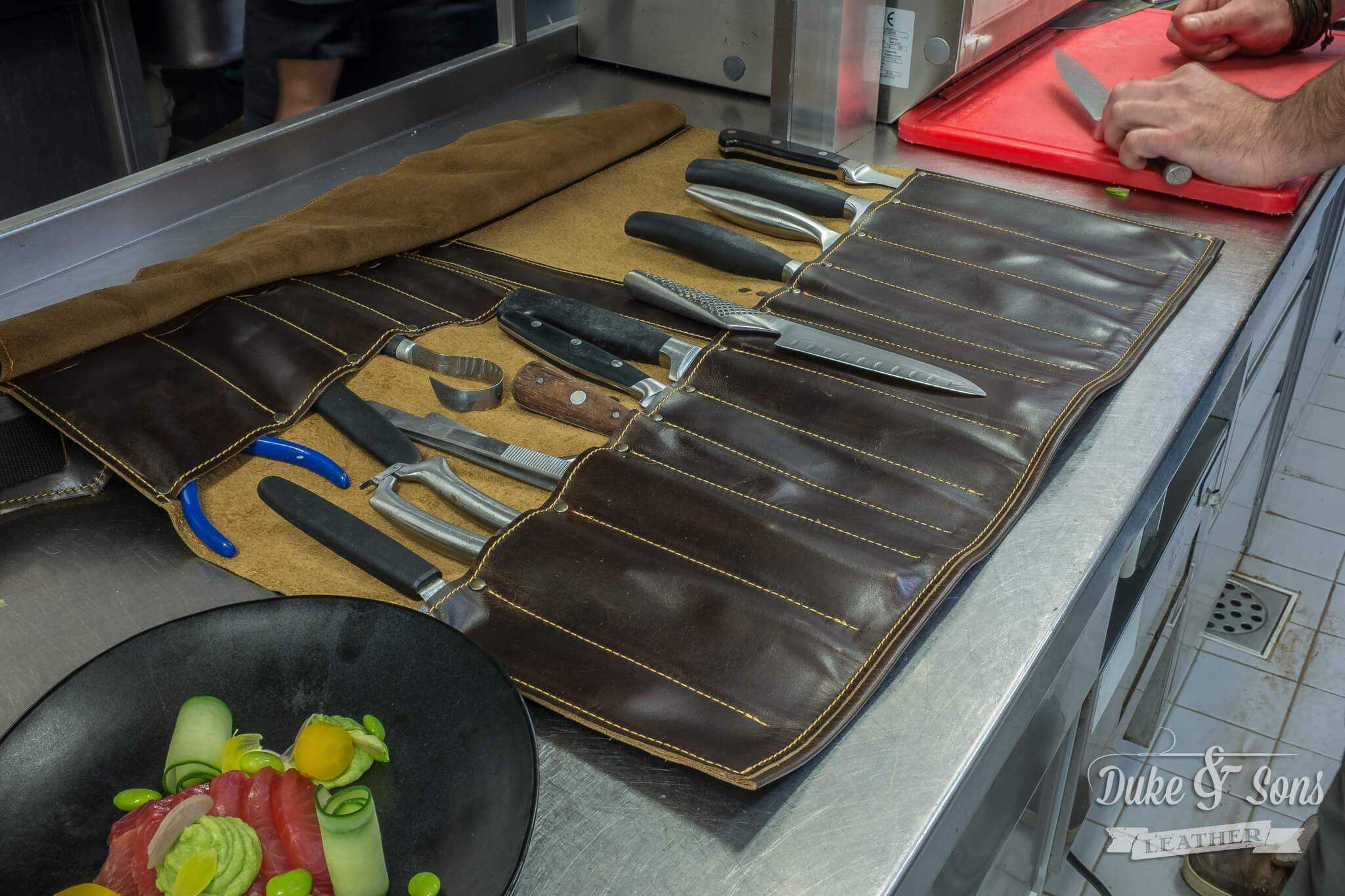 Chef's leather knife roll, with handle and shoulder strap