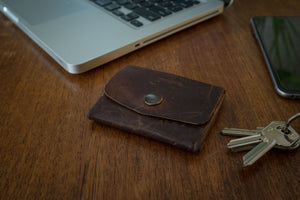 Pocket wallet, can hold cards, bills and coins (distressed leather) - Duke & Sons Leather
