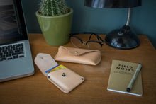 Glasses | sunglasses case, natural color, vegetable tanned leather. - Duke & Sons Leather