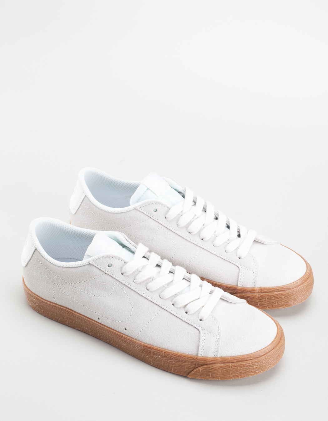 new products 68c43 4a21f new style nike low blazer hvit 6d021 615e0