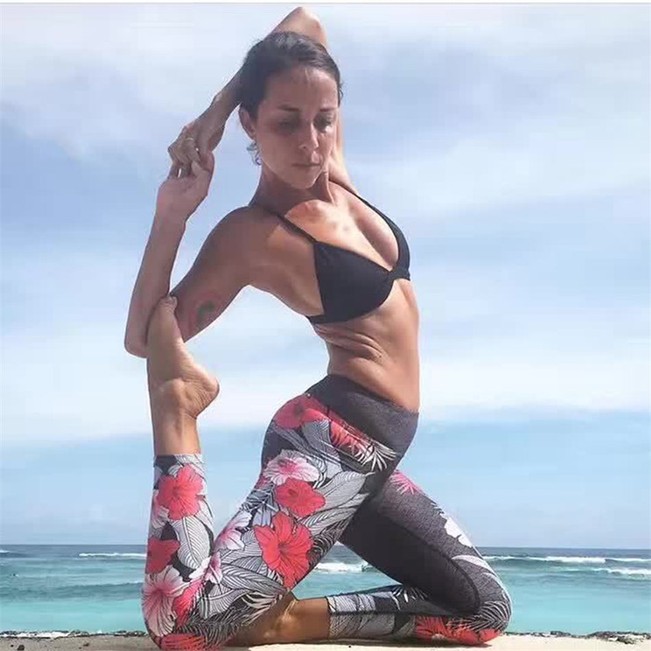 Floral Printed Yoga Leggings Capri Pants For Women 3/4 length Spandex Gym- Athletic Legging Gymwear