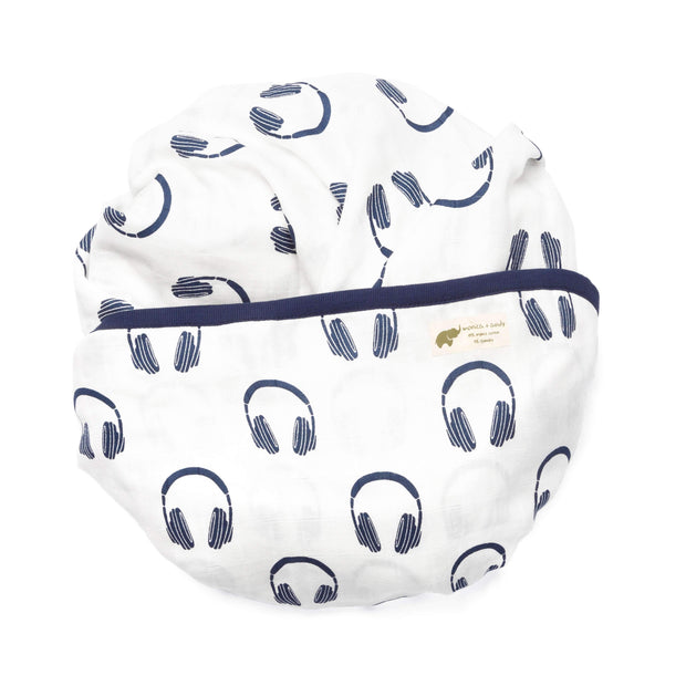 Monica + Andy:The Blue Classic Modern Layette Cuddle Box,Modern Layette