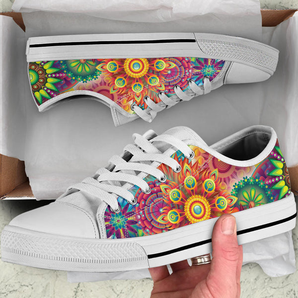 Abstract Bright Floral - Low Top Canvas Shoes