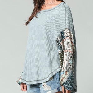 Printed Sleeve Waffle Knit Top