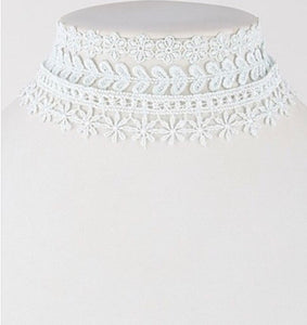Lovely Lace Choker