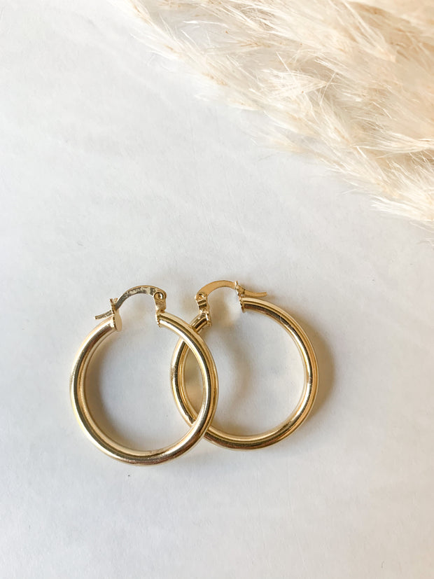 Mindy  Hoop Earrings Luxe