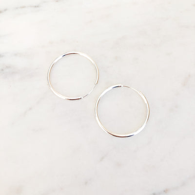 Silver thin hoop luxe