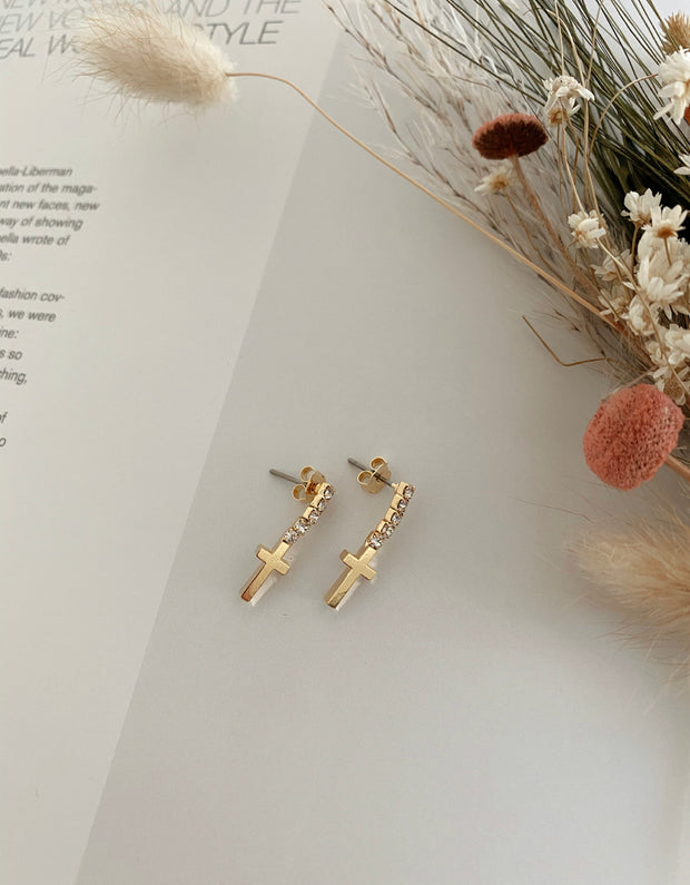 Mini stud cross earrings