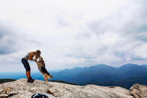10 Tips for Hiking With Your Dog