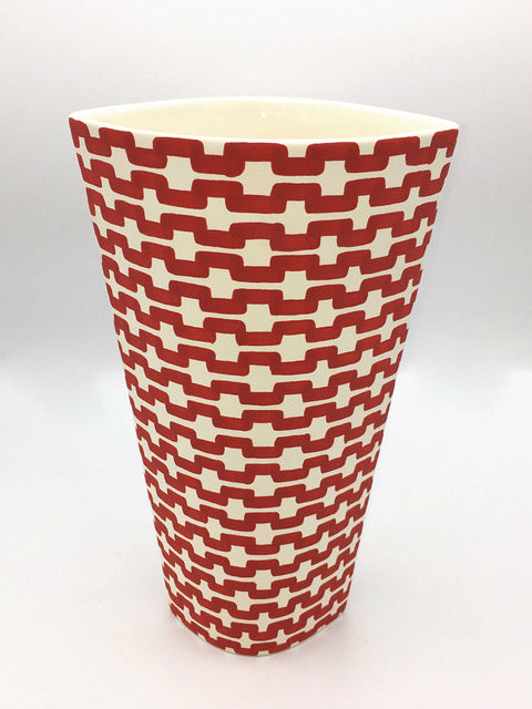 JP Meyer Ceramic Collection: Eye Vase in Red and White Chain