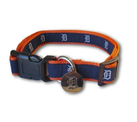 MLB Detroit Tigers Dog Collar REFLECTIVE detroit tigers, reflective, sports, sports collar Pets Go Here, petsgohere