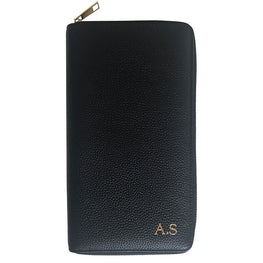 Travel Wallet in Black Pebbled Leather - OLIVIA&CO.