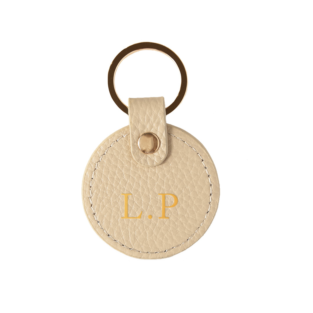 Pebbled Lowkey Round Keyring in Stone (Gold)