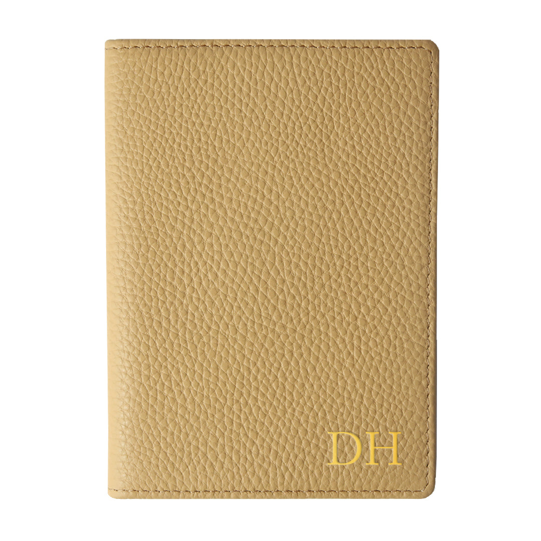 Mon Purse Pebbled Luxe Passport Holder in Maple