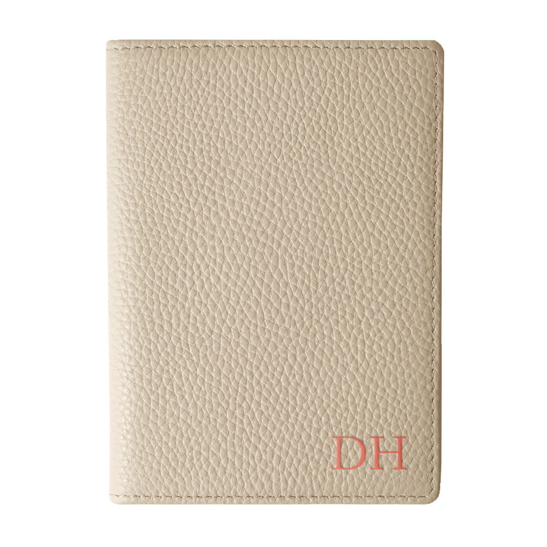 Mon Purse Pebbled Luxe Passport Holder in Stone