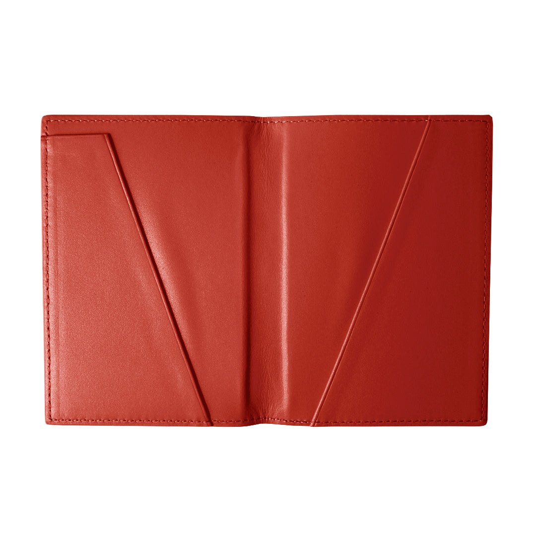 Mon Purse Pebbled Passport Holder in Red