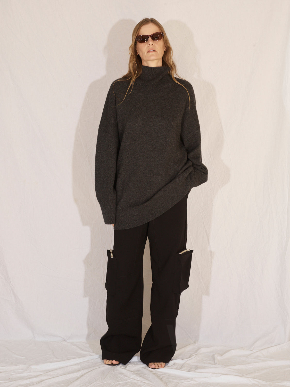 Cashmere Blend Turtleneck | Charcoal
