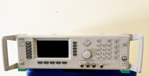 Anritsu 6839A/NV signal generator. 10MHz to 40GHZ Options 2B,11