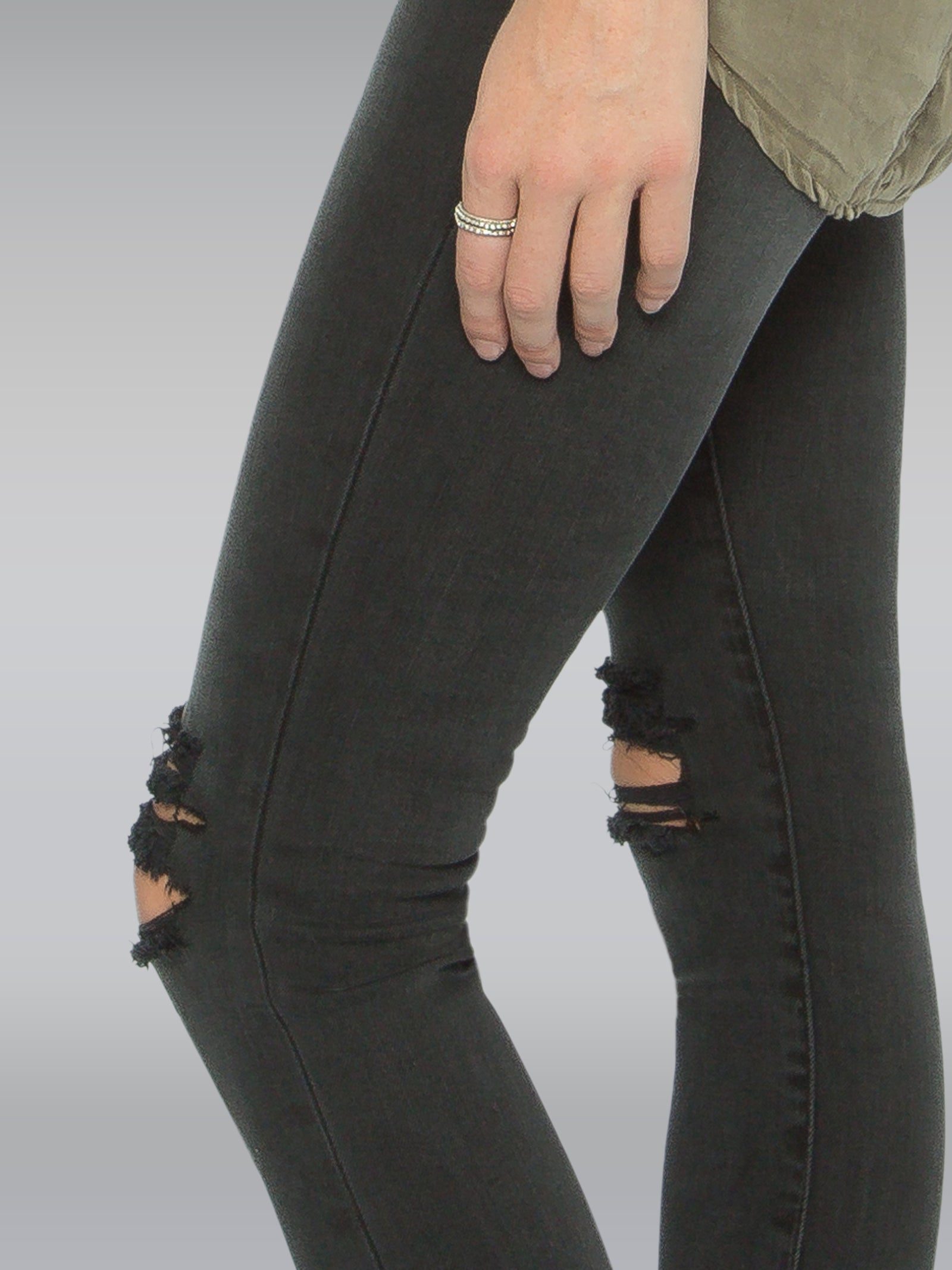HARRIET IN WASHED BLACK DISTRESSED
