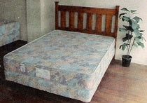 Heritage Queen Bed