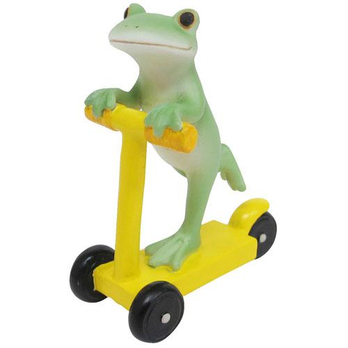 Copeau Display | 72051 | Frog on Yellow Bike (1510141788194)