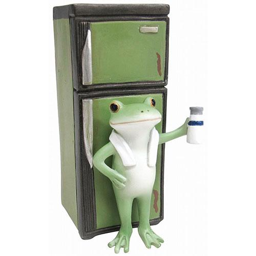 Copeau Display | 72248 | Frog and Old Refrigerator