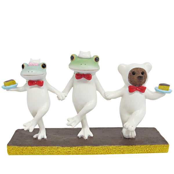 Copeau Display | 72057 | Frog Dancing with Bear (1628036923426)
