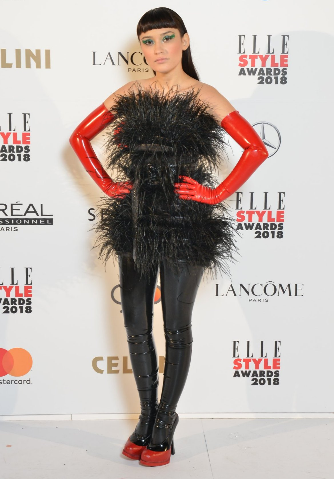 Irina Rimes absolutely fabulous in OMRA feathers dress at ELLE Style Awards