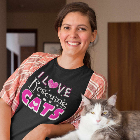 I Love Rescuing Cats - T-Shirt