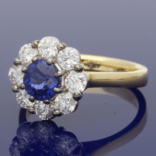 18ct Yellow Gold Sapphire & Diamond Daisy Cluster Ring