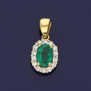 18ct Yellow Gold Emerald & Diamond Oval Cluster Pendant