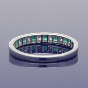 18ct White Gold Emerald & Diamond Eternity Ring