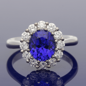 18ct White Gold Tanzanite & Diamond Oval Cluster Ring
