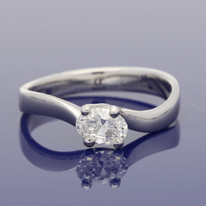 Platinum Oval Diamond Solitaire Twist