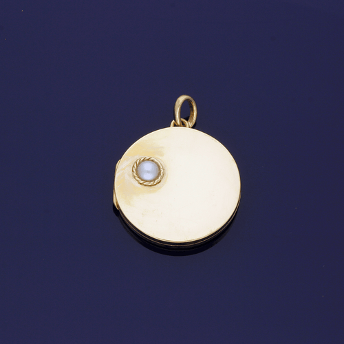 9ct Yellow Gold Antique Circular Locket with Pearl