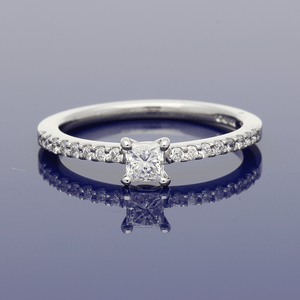 Platinum Princess Cut Solitaire with Diamond Set Shoulders Ring