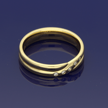 18ct Yellow Gold Cross-Over Twist Diamond Ring