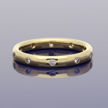 18ct Yellow Gold Diamond-Set 2.5mm Court Wedding Ring