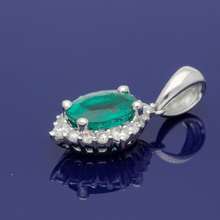 18ct White Gold Diamond and Emerald Pendant