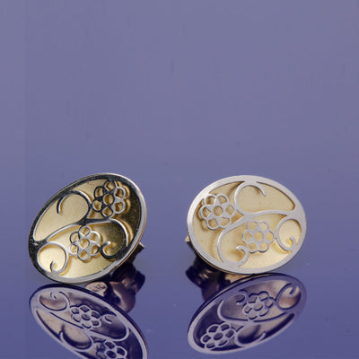 9ct Yellow & White Gold Floral Patterned Studs